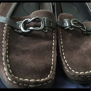 Aerosoles Brown Suede Loafers with Buckle 7.5